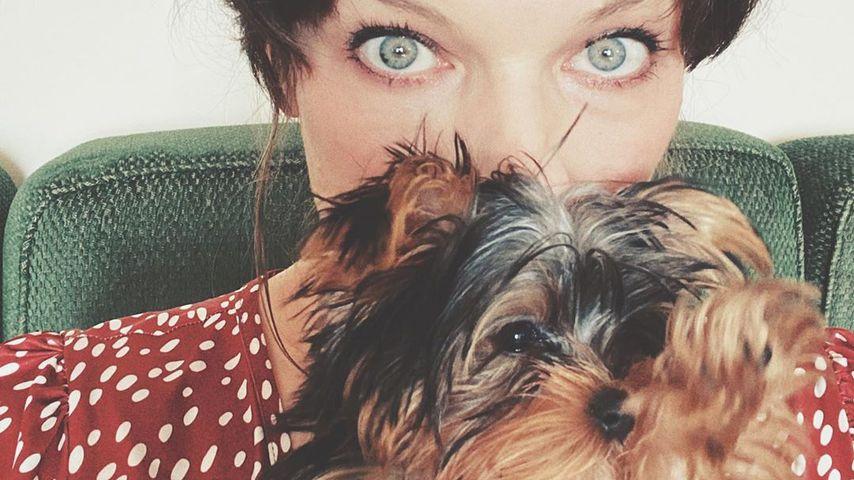 Milla Jovovich und ihr Hund