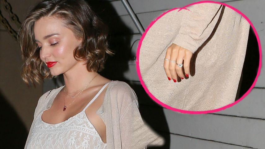 So sexy in Spitze: Miranda Kerr zeigt ihren Verlobungsring