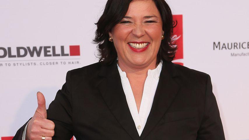 Moderatorin Vera Int-Veen auf dem roten Teppich