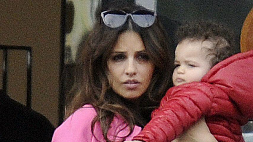So wuppt Monica Cruz den Alltag als Single-Mama