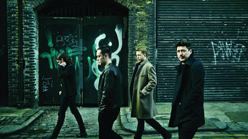 Furioses Comeback: Mumford & Sons stürmen die Charts!