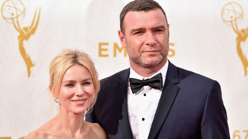 """Naomi Watts und Liev Schreiber bei der Verleihung der """"Emmy-Awards"""" 2015"""