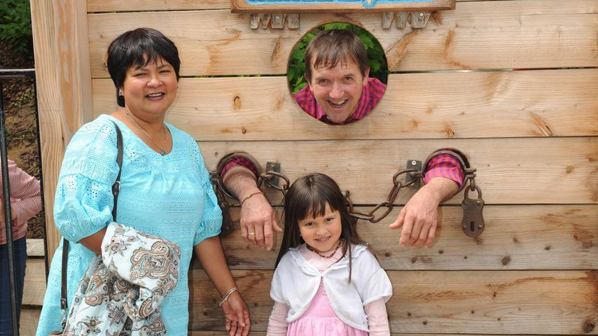 Narumol, Bauer Josef und ihre Tochter