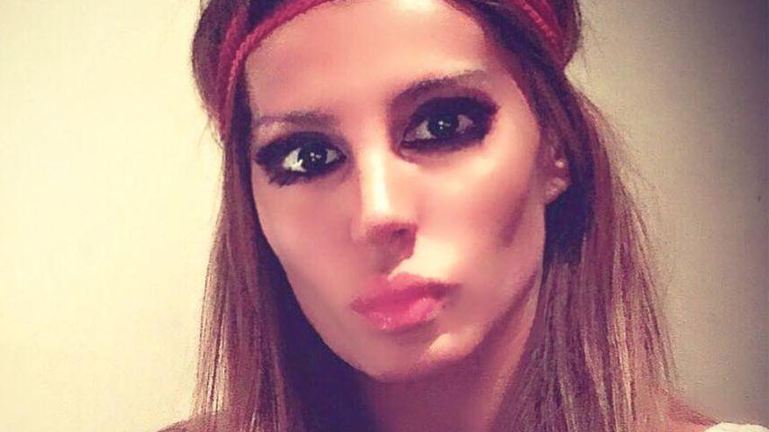 Totes Playboy-Model (41) nackt in Nachtclub aufgefunden!