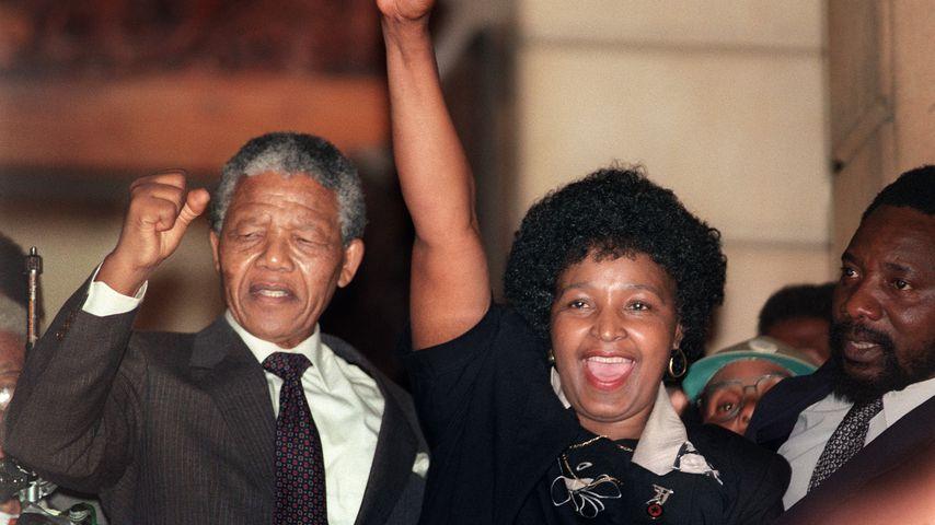 Nelson Mandela und seine damalige Frau Winnie im Jahr 1990