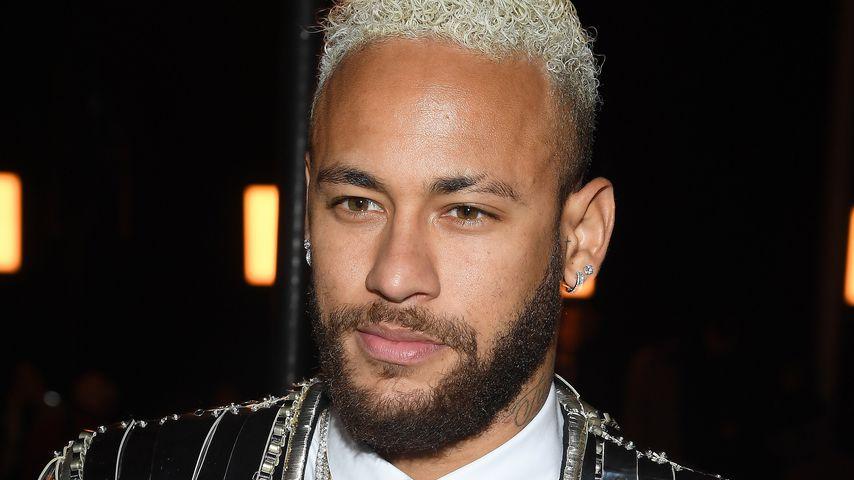 Neymar Jr., Fußball-Star