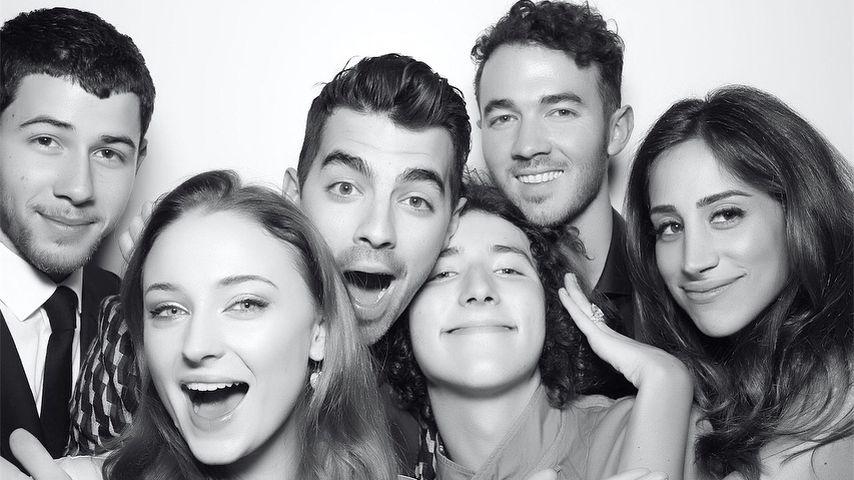 Nick Jonas, Sophie Turner, Joe Jonas, Franklin Jonas, Kevin und Danielle Jonas
