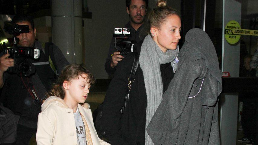 Wegen Mamas Ehekrise? Nicole Richies Tochter total fertig