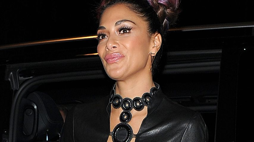 "Nicole ""Catwoman"" Scherzinger: Mega-Busen im Leder-Look!"