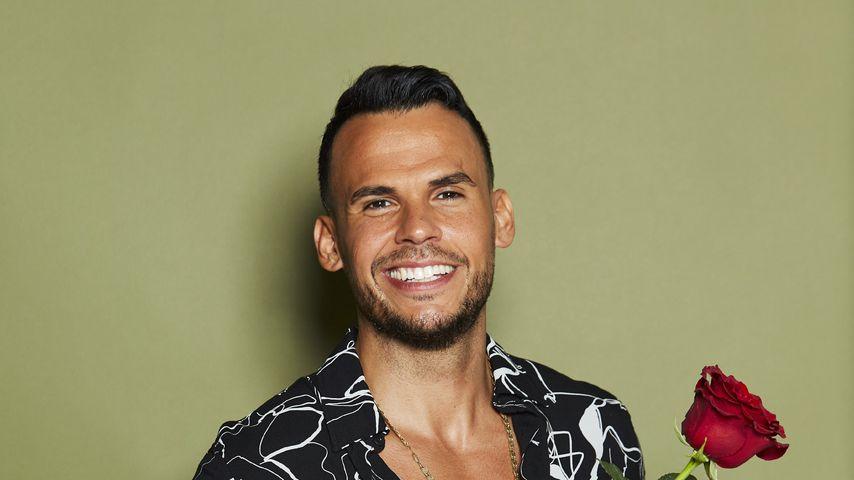 Quietschschuhe: Bachelorette-Fans lachen über Niko Cenk