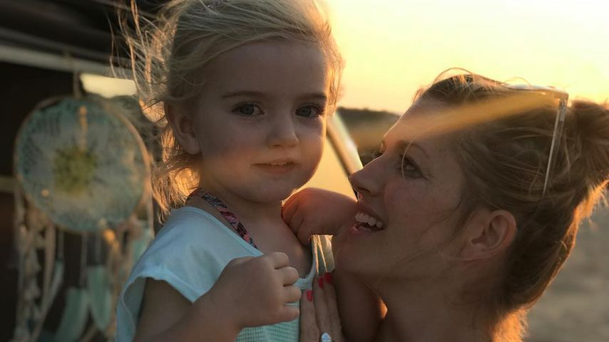 Nina Bott mit ihrer Tochter Luna