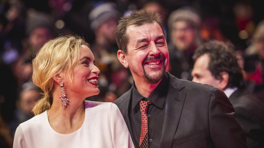 Nina Hoss mit ihrem Mann Alex Silva, Februar 2020