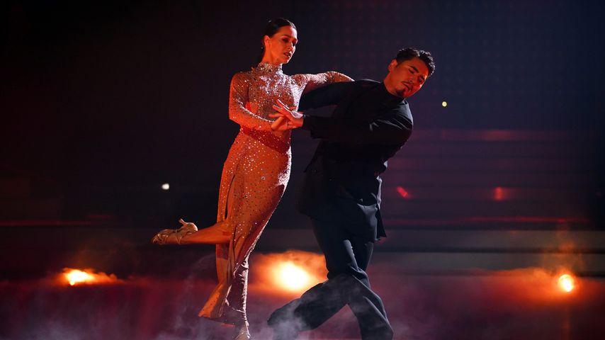"""Oana Nechiti und Erich Klann bei """"Let's Dance – die große Profi-Challenge"""""""