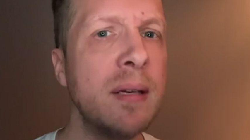 Oliver Pocher bei einer Bildschirmkontrolle, Januar 2021