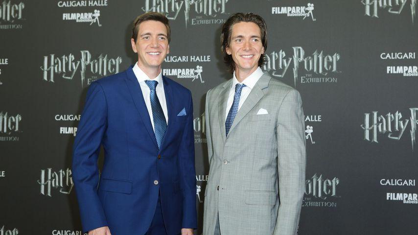 """Oliver und James Phelps bei der """"Harry Potter""""-Ausstellung in Potsdam"""