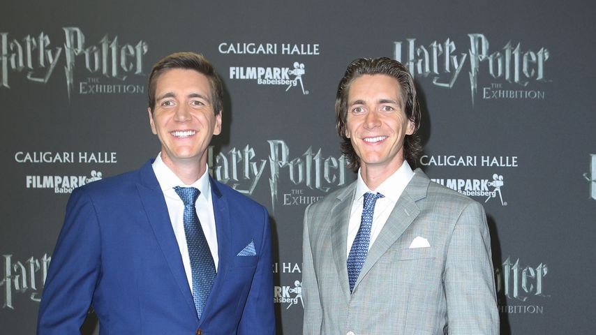 """Oliver und James Phelps bei der Eröffnung von """"Harry Potter: The Exhibition"""""""