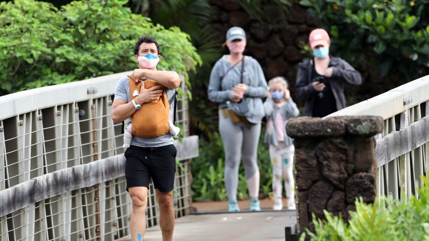 Hier wandern Orlando Bloom und Katy Perry mit Baby Daisy