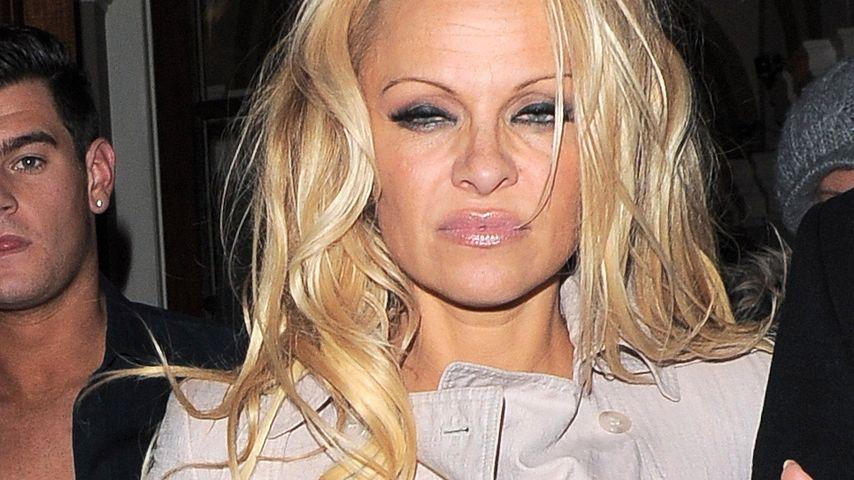 Schuldenkrise: Pamela Anderson muss zum Psychiater