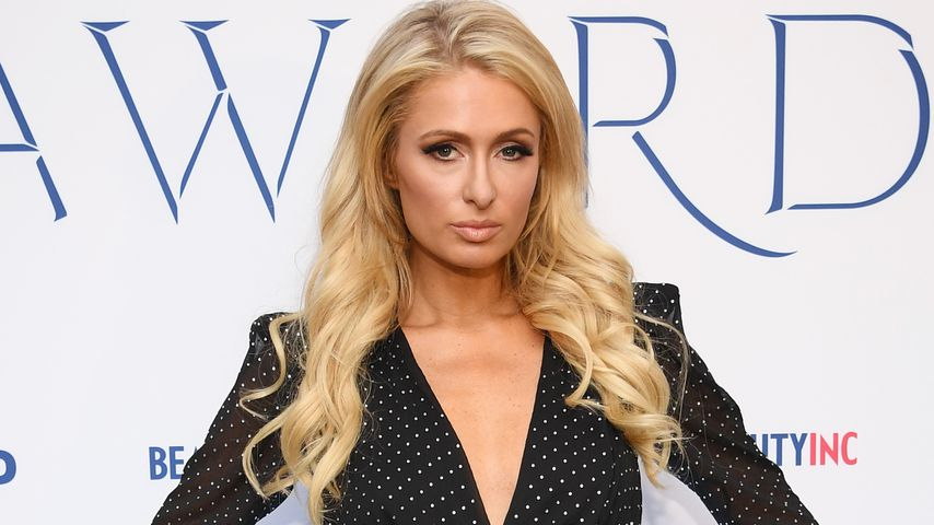 Paris Hilton in New York bei den WWD Beauty Inc Awards im Dezember 2019