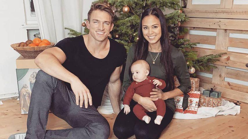 Patrick Fabian mit Freundin Lea und Tochter Lilly an Weihnachten 2019