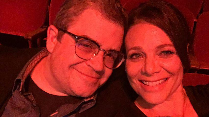 Patton Oswalt und Meredith Salenger im Kino
