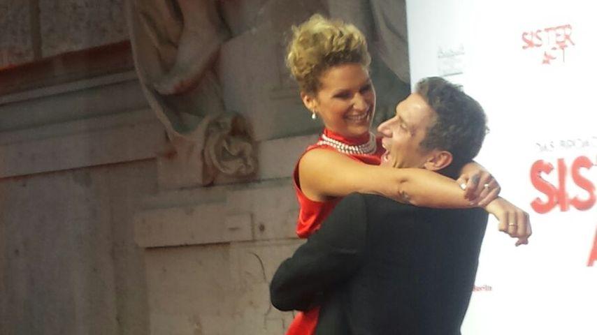 Janni Hönscheid und Peer Kusmagk im Theater des Westens