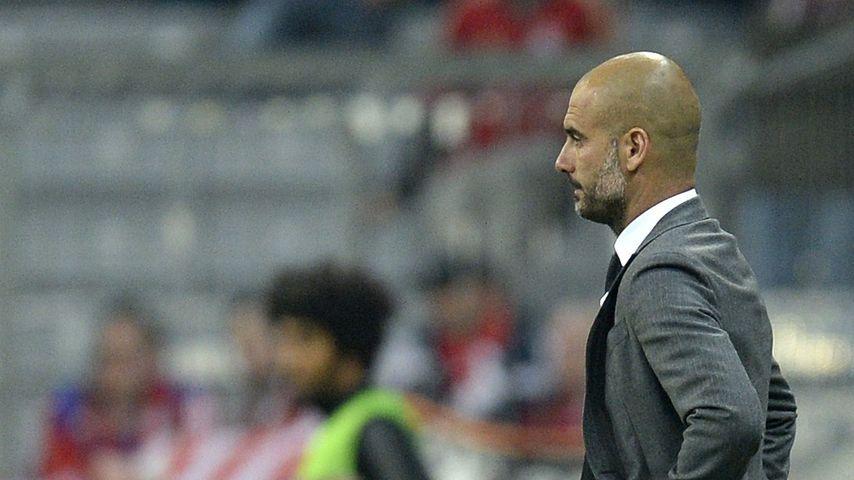 Bei Bayern-Gala: Pep Guardiola platzt vor Freude die Hose