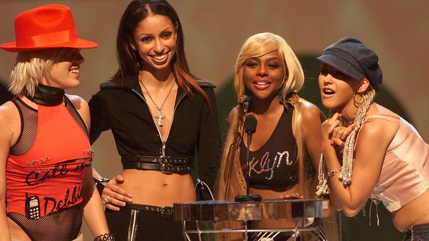 Pink, Mya, Lil Kim und Christina Aquilera bei den MTV Video Music Awards 2001