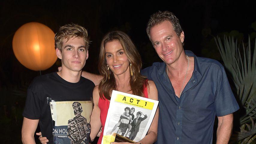 Gesichtstattoo: Presleys Eltern wollen therapeutische Hilfe