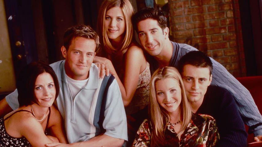 """Nur kurz online: Matthew Perry teilt Foto vom """"Friends""""-Dreh"""