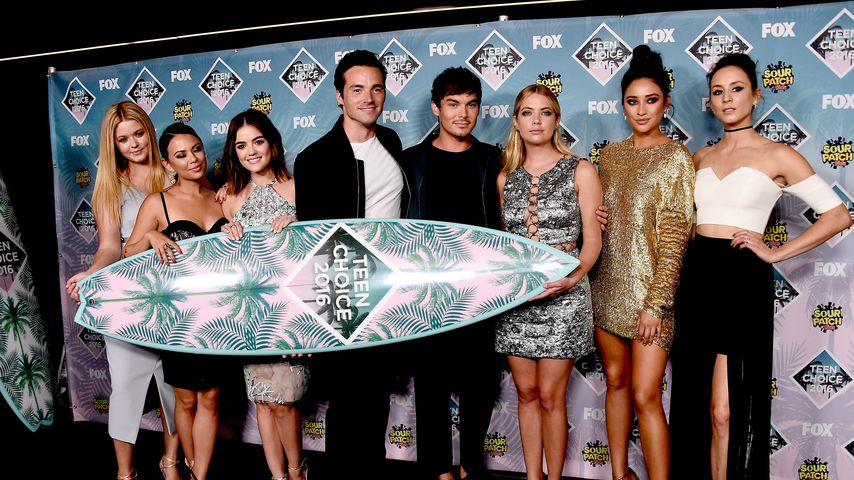 """Pretty Little Liars""-Cast bei den Teen-Choice-Awards in Kalifornien 2016"