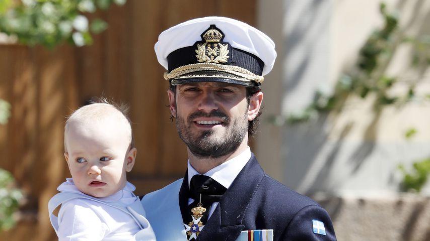 Prinz Carl Philip von Schweden und sein Sohn Prinz Gabriel