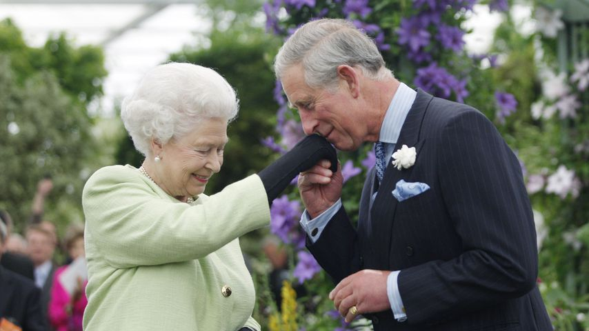 Queen Elizabeth II. und Prinz Charles in London, 2009