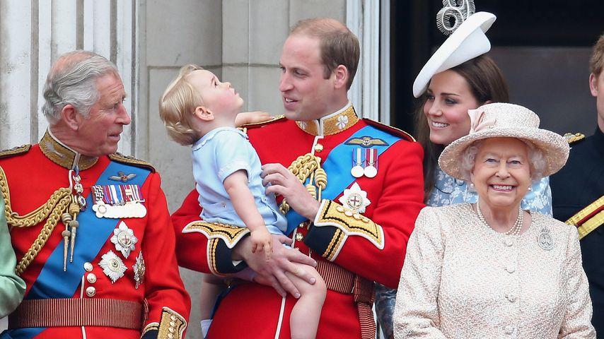 Zum Geburtstag: Die Queen gratuliert Prinz William im Netz!