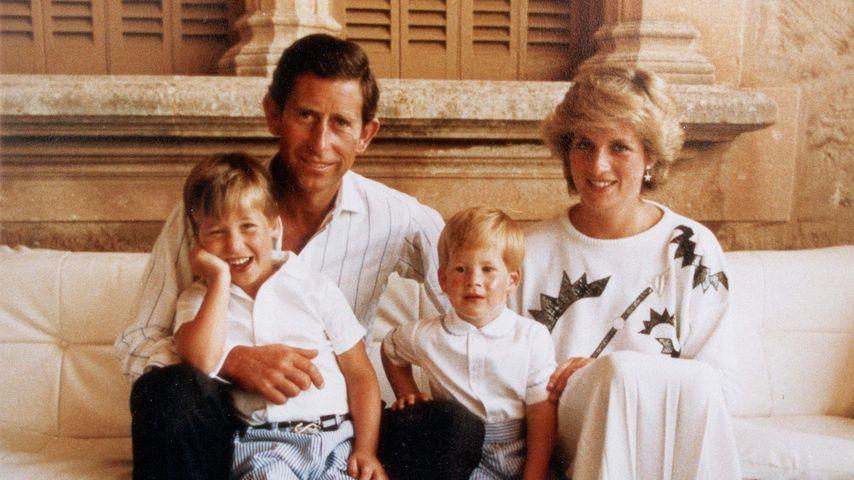 Prinz Charles und Prinzessin Diana mit Prinz William und Prinz Harry, 1987