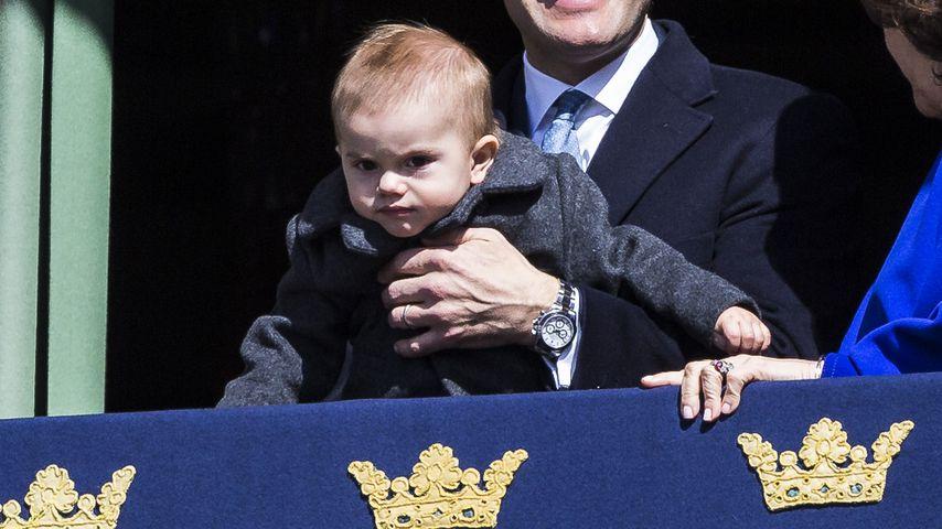 Prinz Daniel von Schweden mit seinem Sohn Oscar