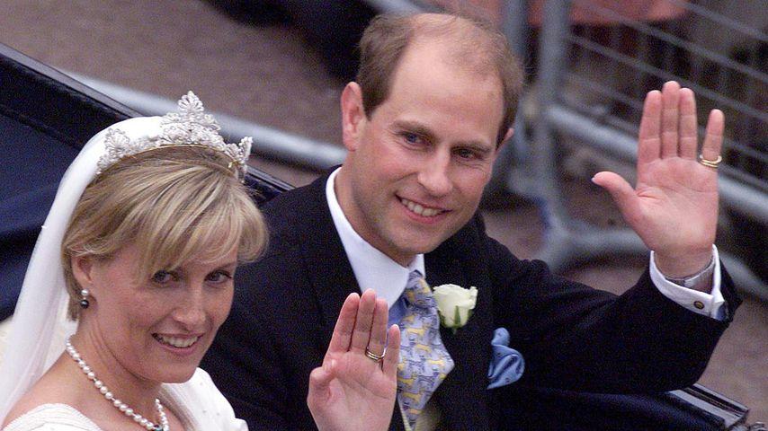 Darum küsste Prinz Edward Sophie bei der Hochzeit nicht