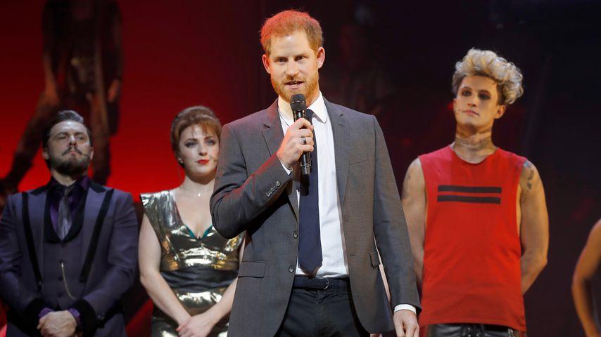 Nach Baby-Bauch-Pics: Prinz Harry war ohne Meghan auf Event!
