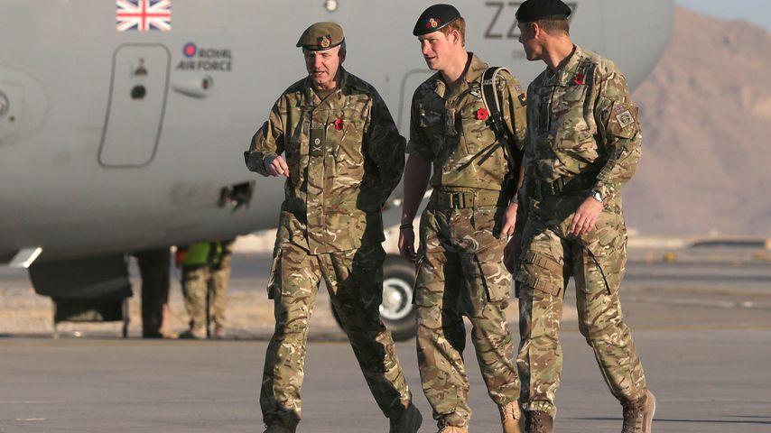 Prinz Harry mit Militär-Kollegen