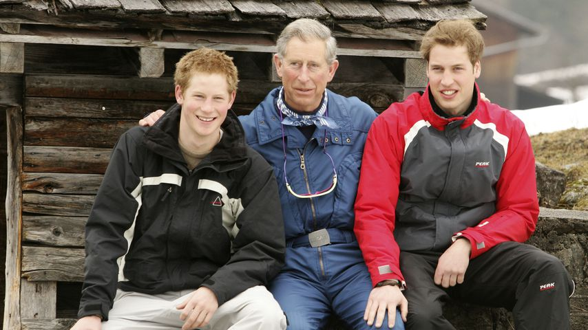 Prinz Charles mit seinen Kindern Prinz Harry und Prinz William im Jahr 2005