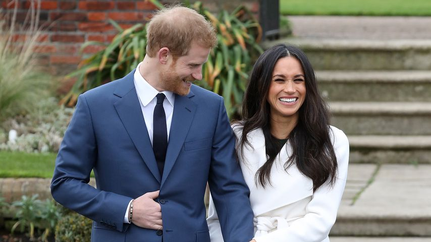 1. Fotos: Verlobungs-Auftritt von Prinz Harry & Meghan
