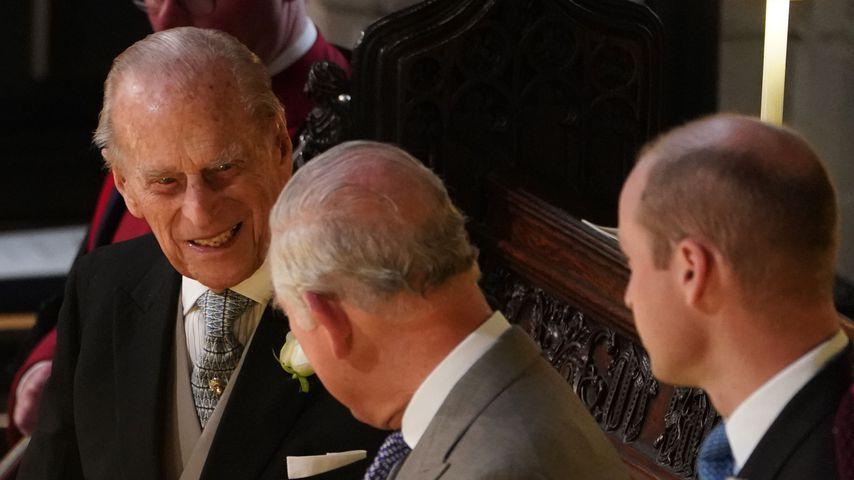 Prinz Philip, Prinz Charles und Prinz William bei Eugenie und Jacks Hochzeit