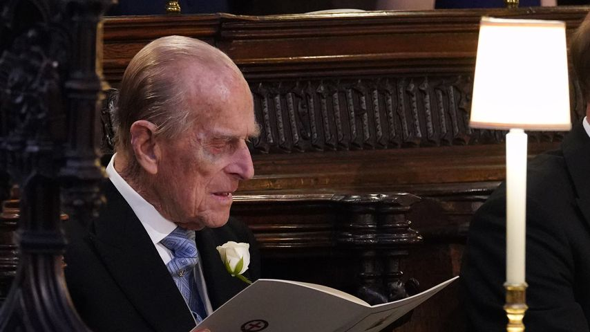 Fotos aufgetaucht: Prinz Philip fährt nun Kutsche statt Auto