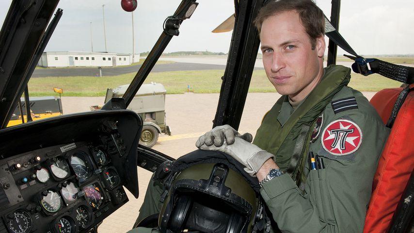 Prinz William an Board eines Sea-King-Helikopters der Royal Air Force