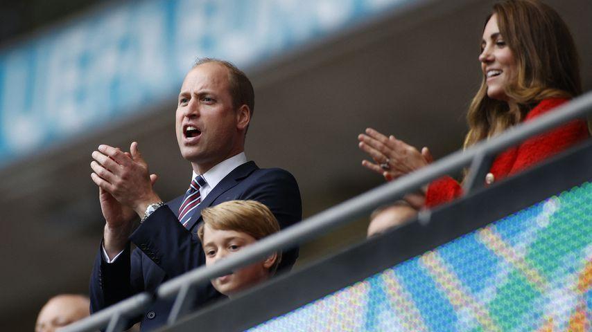 Blitztor: So süß jubelt Prinz George beim Fußball-Finale