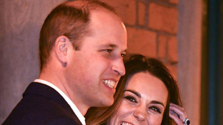 Herzogin Kate foppt Prinz William wegen seiner Halb-Glatze!