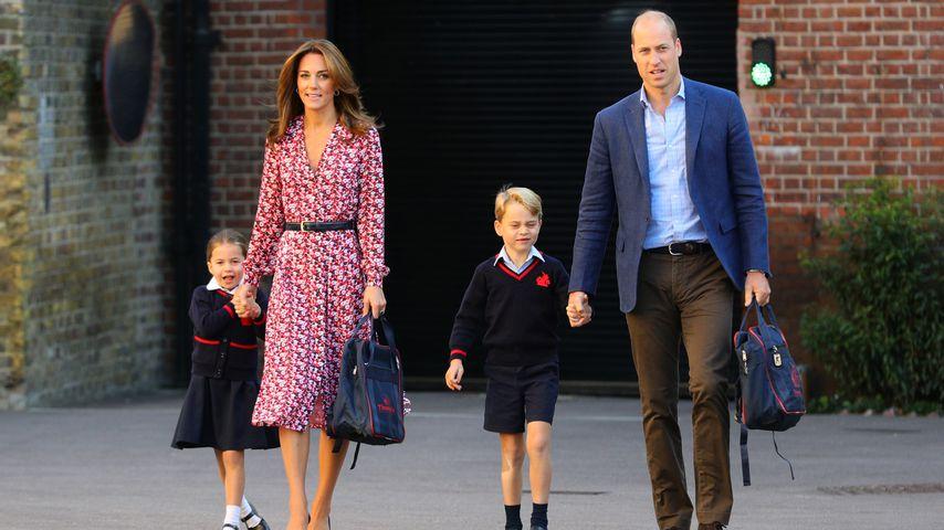 Prinzessin Charlotte, Herzogin Kate, Prinz George und Prinz William an Charlottes erstem Schultag