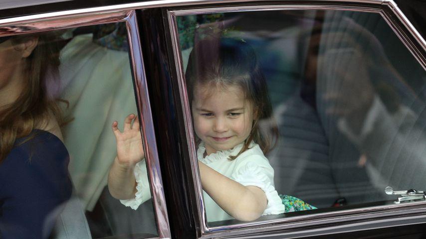 Prinzessin Charlotte vor der Hochzeit von Prinzessin Eugenie und Jack Brooksbank