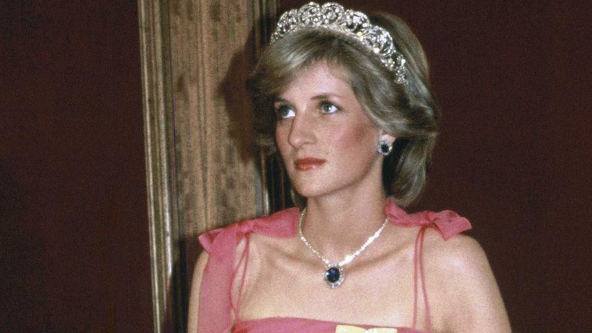 Kristen Stewart zeigt sich als Prinzessin Diana in