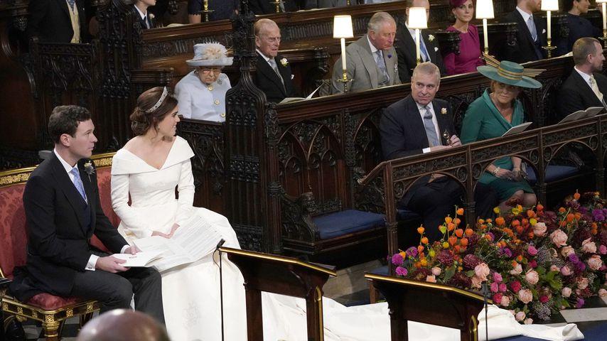 Prinzessin Eugenie auf ihrer Hochzeit mit Jack und ihren Eltern Sarah Ferguson und Prinz Andrew
